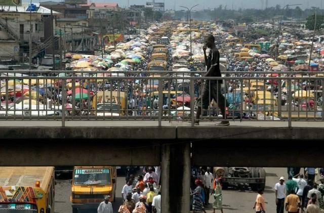 非洲总人口_地球到底能承载多少人?2025年,印度人口将超中国成为世界第一