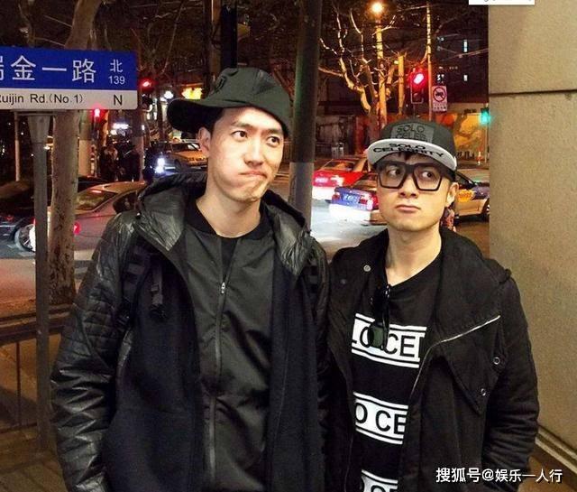 参观刘翔在上海的豪宅,平时大门都是紧闭的,过着足不出户的生活