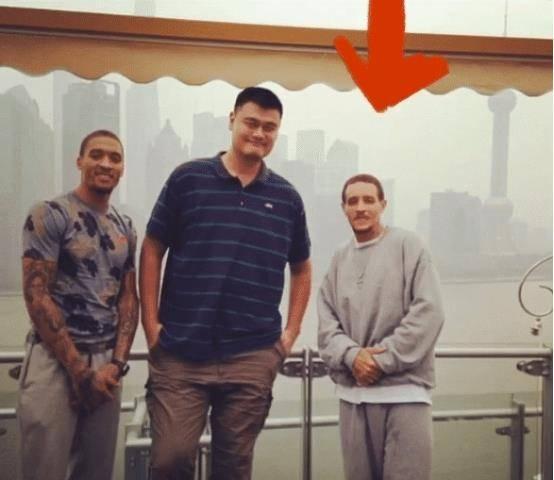 "NBA球星""太上皇""陌头流离 与詹姆斯母亲闹绯闻 现在成这样!:亚博app安全有保障(图1)"