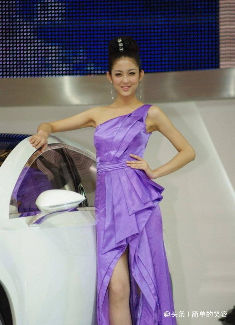 上海快3最新开奖:欢乐时刻:性感优雅气质纯紫色百褶裙高跟鞋水晶鞋女鞋人心