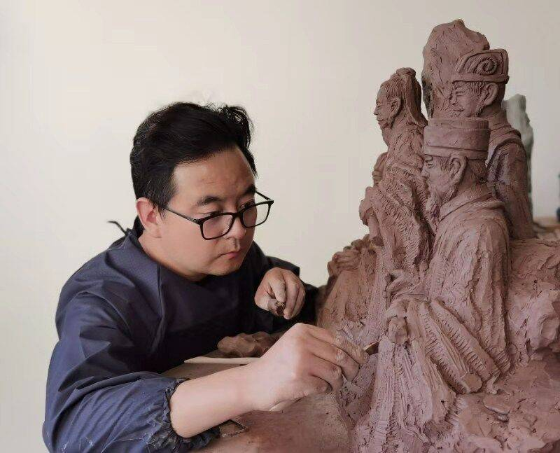 无尽的生命354商洛学院唐瑜雕塑与国画展