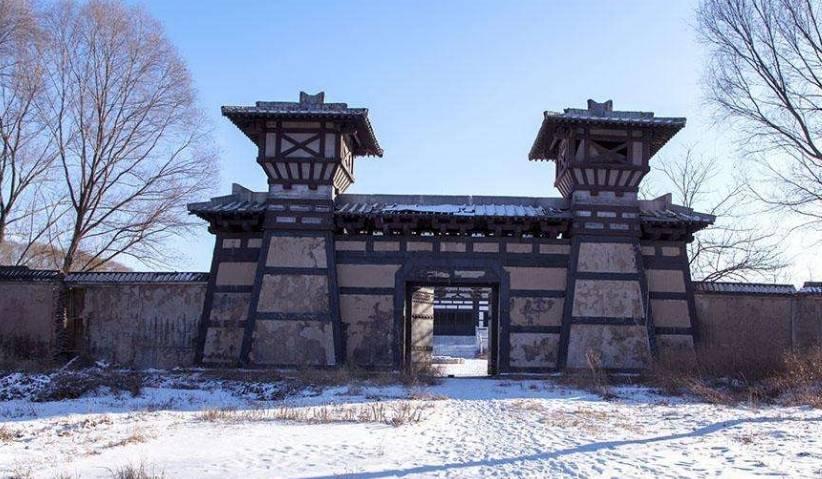 为什么现代的门向外开 而古城门向内开?看完之