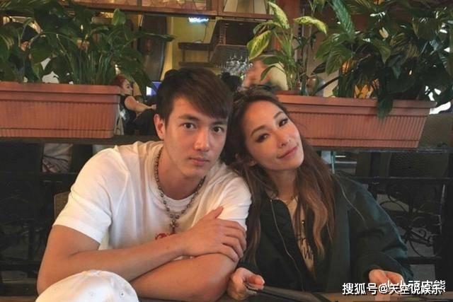 萧亚轩的男朋友吐血并送往医院 他一再拒