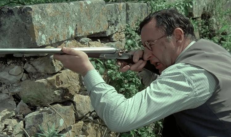 擅长投降的法国人也可以拿起枪 这部电影