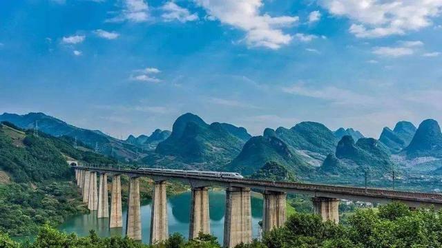中国最美的高铁线路:全程只需90分钟却要
