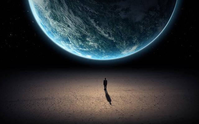 人类一亿年后真的还呆在地球上,这种可能性是在太低了
