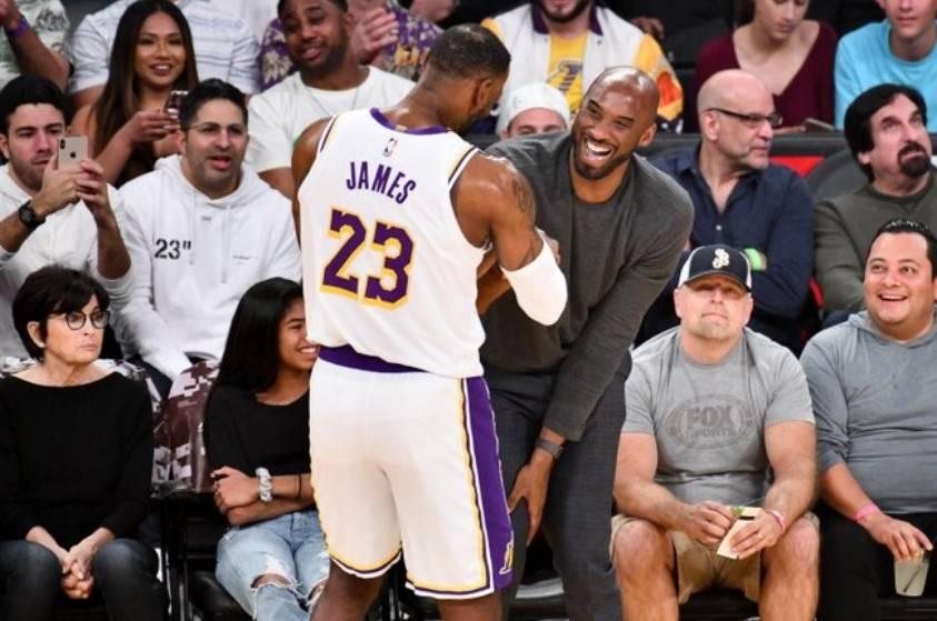 我太難了!Bosh:剛組三巨頭以為我是得分王,但最終卻成了詹韋連線的看客!-黑特籃球-NBA新聞影音圖片分享社區