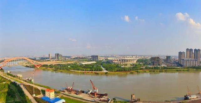 gdp东莞_中国网友预估:未来广东将出现第四个万亿GDP城市,惠州却落榜
