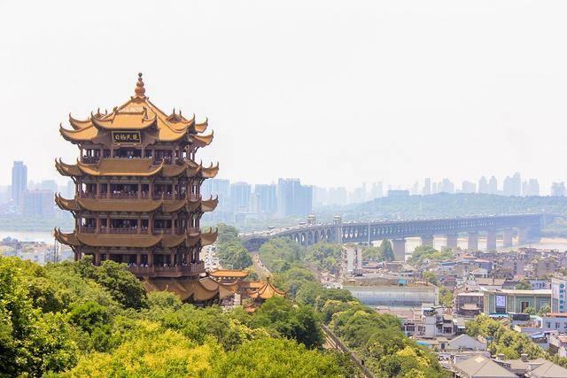 浙江宁波与湖北武汉的2020上半年GDP出炉,两者排名怎样?