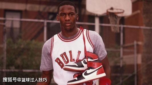 乔丹最经典5双球鞋:AJ1一度被禁穿,乔丹最爱的系列意义重大