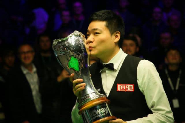丁俊晖冲第15冠!英锦赛3冠80五虎第一位,11月开启卫冕之旅