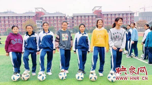 与中考接轨商丘外国语中学九年级举行体育考试