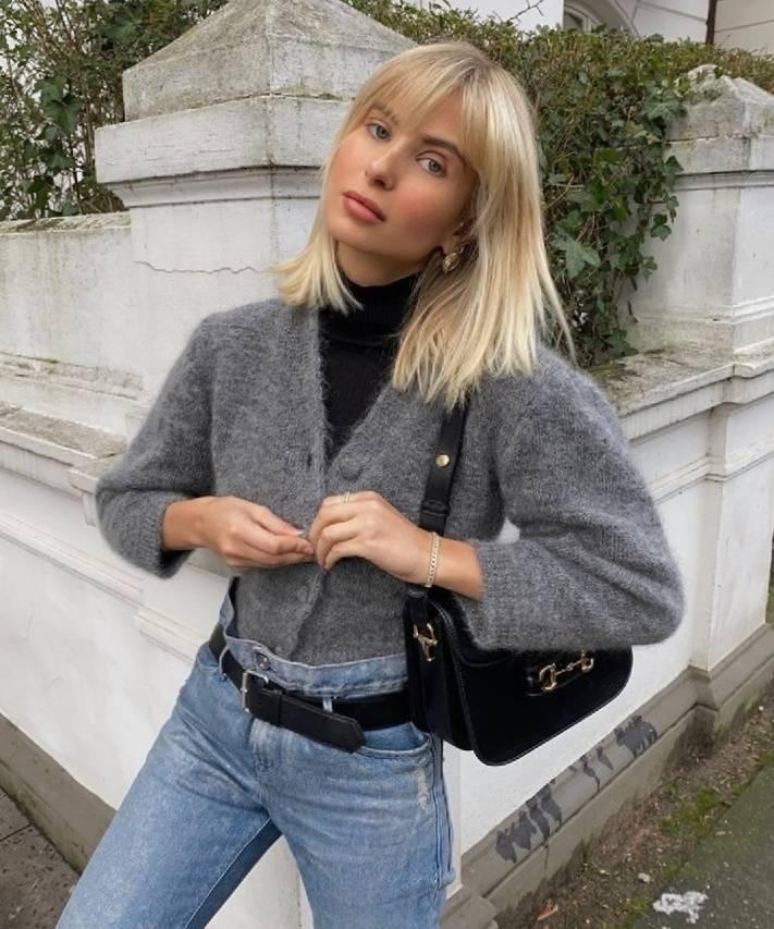 原创             穿毛衣学会这一招,瞬间显高显瘦,晋升时尚达人