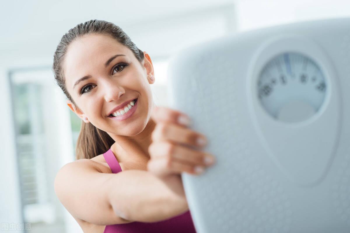 4个减脂方法坚持3个月,甩掉身上的赘肉,减掉肚腩、大象腿!