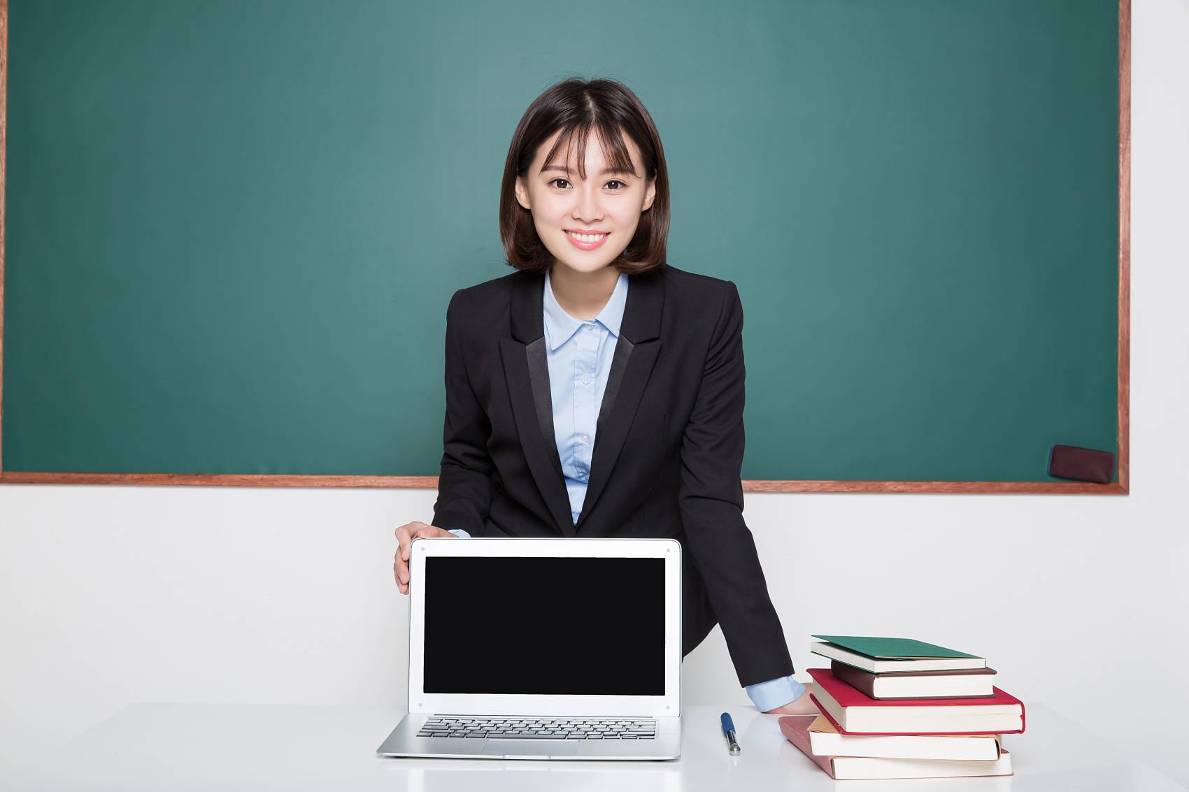 原来农村教师生活补助增加,城市教师争着去农村学校教书!