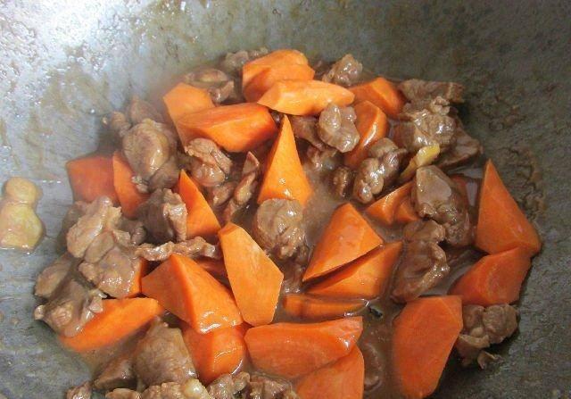 羊肉营养可增强抵抗力, 胡萝卜健康蔬菜, 羊肉焖胡萝卜味道超级棒