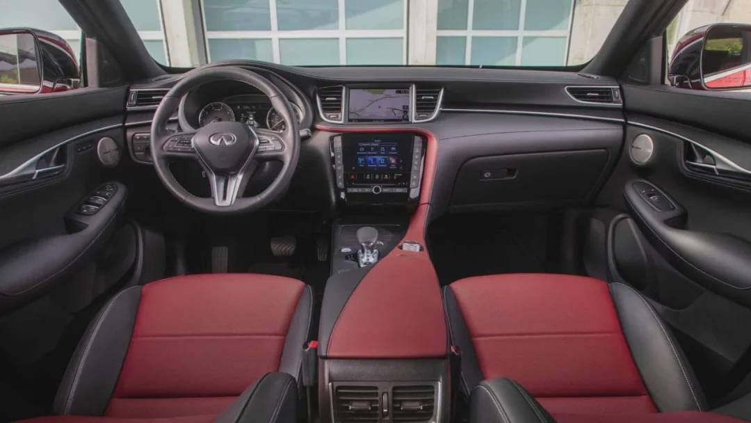 轿跑SUV又一新选择!比奔驰GLC帅,买完同事小姐姐总想蹭车