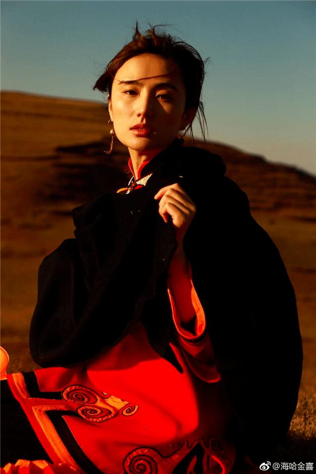 李亚鹏新爱情疑暴光,女友五官风雅,是小19岁的超模冠军(图5)