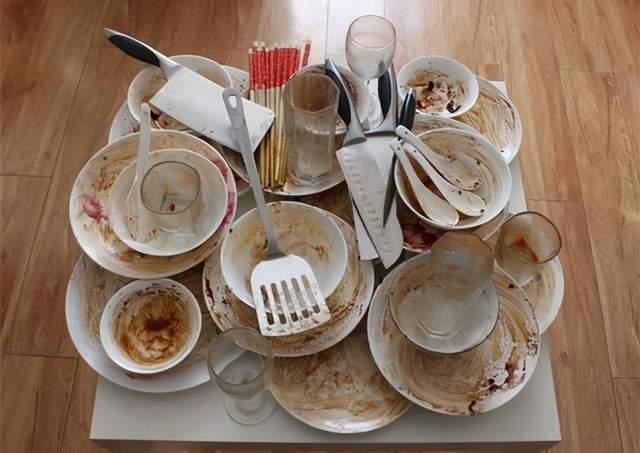 长期用洗洁精洗碗会危害健康致癌?辟谣:厨房中更危险的是这3样
