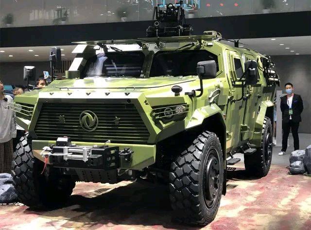 全新东风勇士原厂亮相6.5T柴油动力四驱,比悍马H1更霸气!