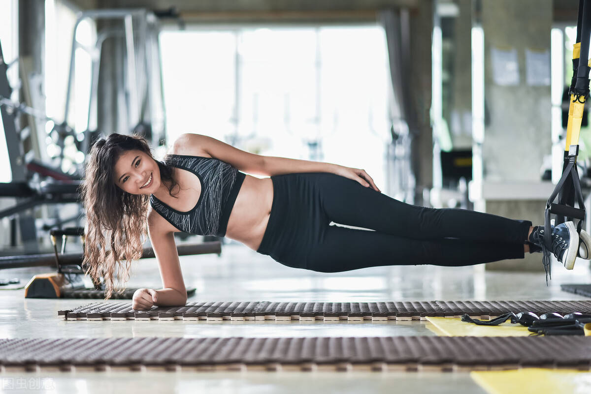 如何如何锻炼臀腿?5个下肢训练动作,提高臀腿曲线!