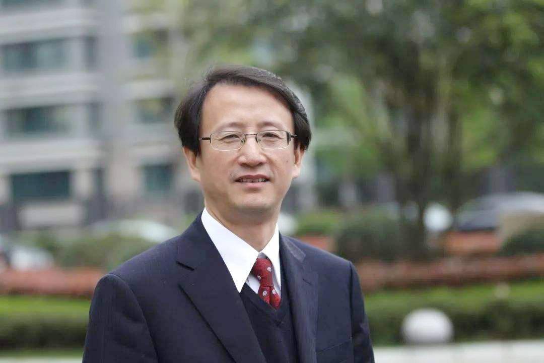 浙大校长吴朝晖院士:全球疫情考验下大学的应变之策与治理之道