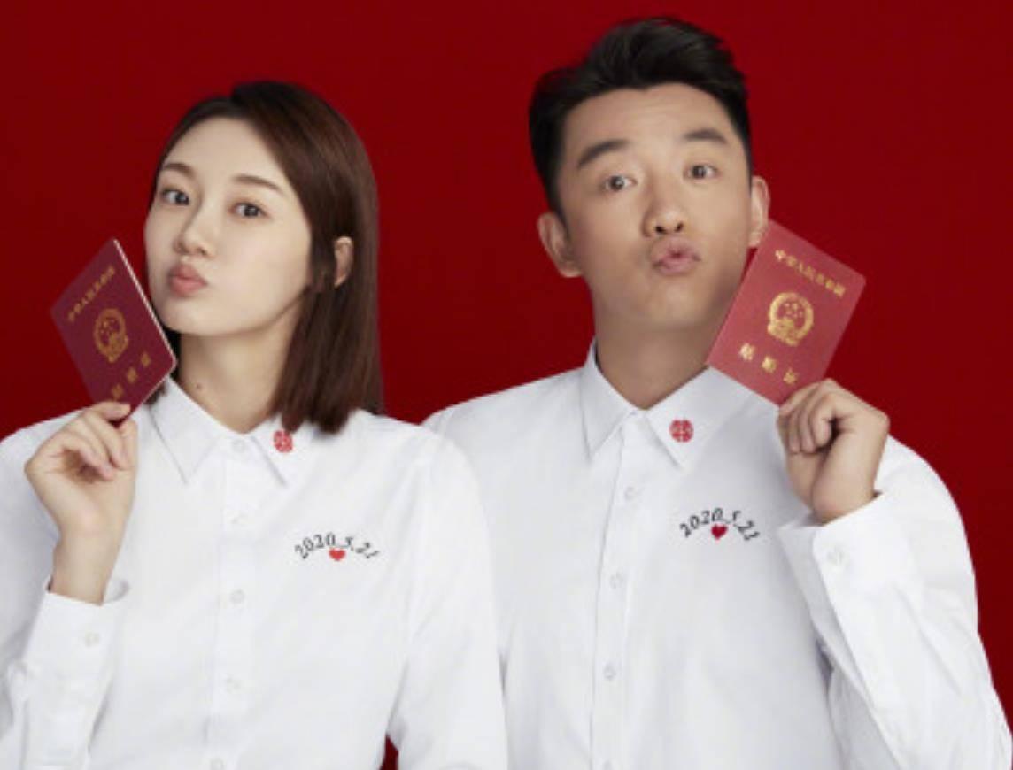 跳过官宣恋情直接结婚的明星夫妻,郑恺赵丽颖不算啥,他俩直接带娃上节目!