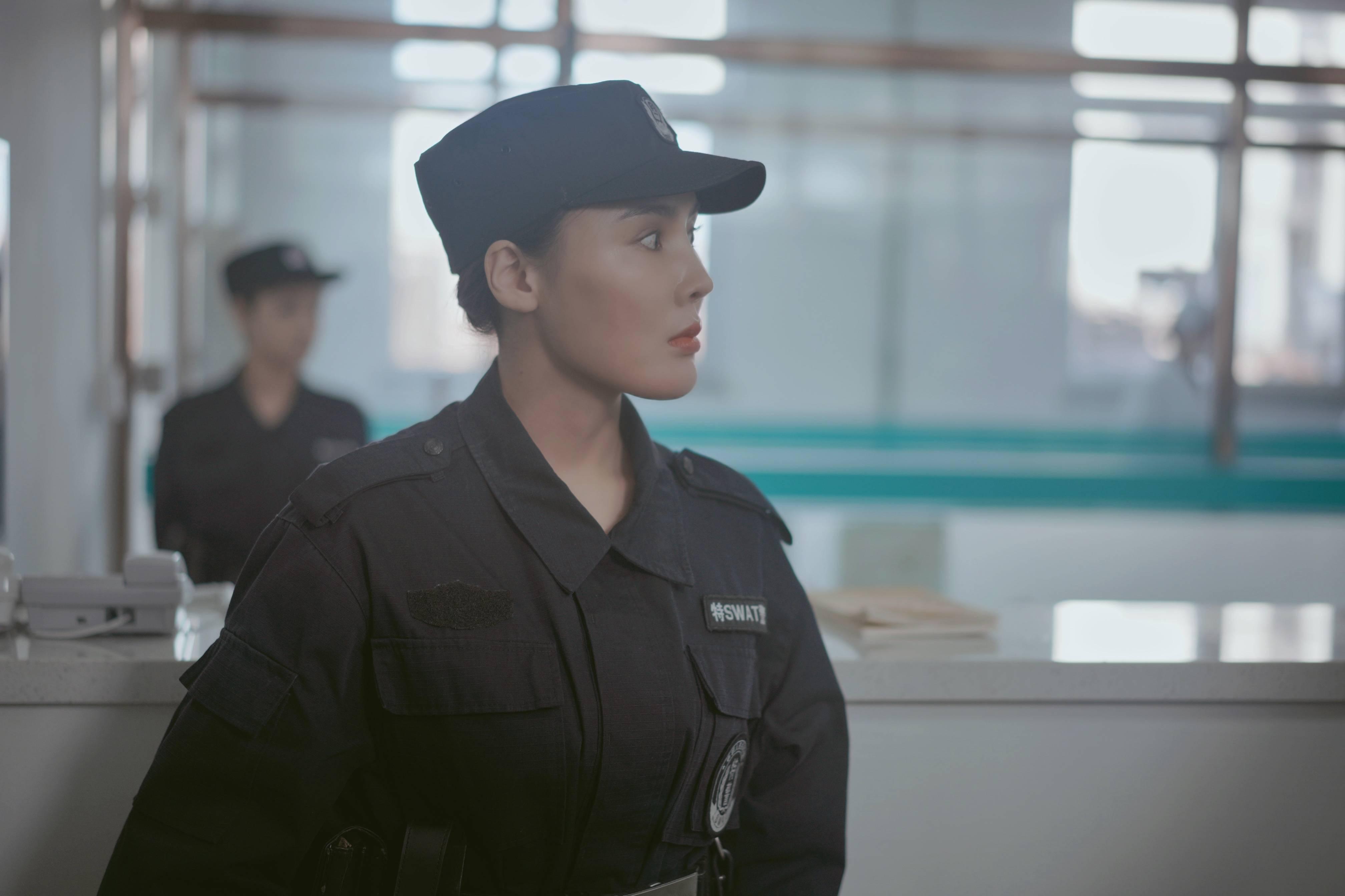 重庆特警女狙击手
