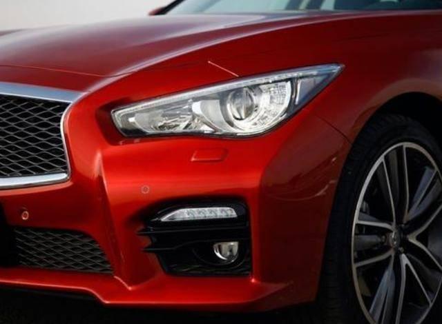 原来A4L面值比不过,百公里5.3秒,V6发动机,有美感,有力量