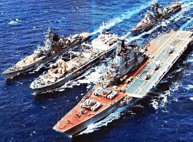 俄罗斯海军无意制造冲突,却让美国人害怕,只能不断增加军费?