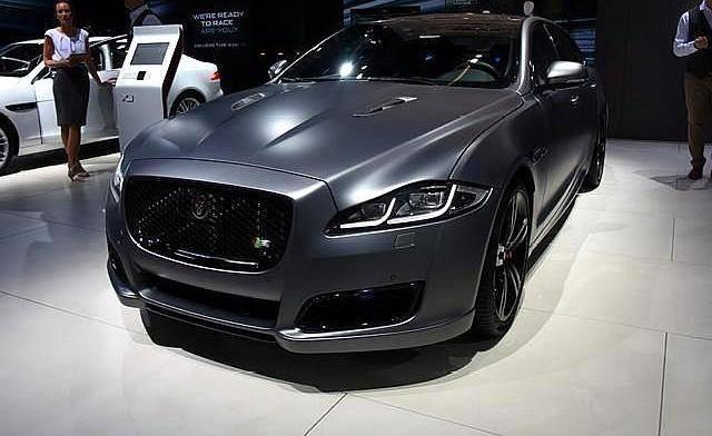 这款原厂豪华大车,5米多长,搭载v6发动机,比宝马7系多340马力