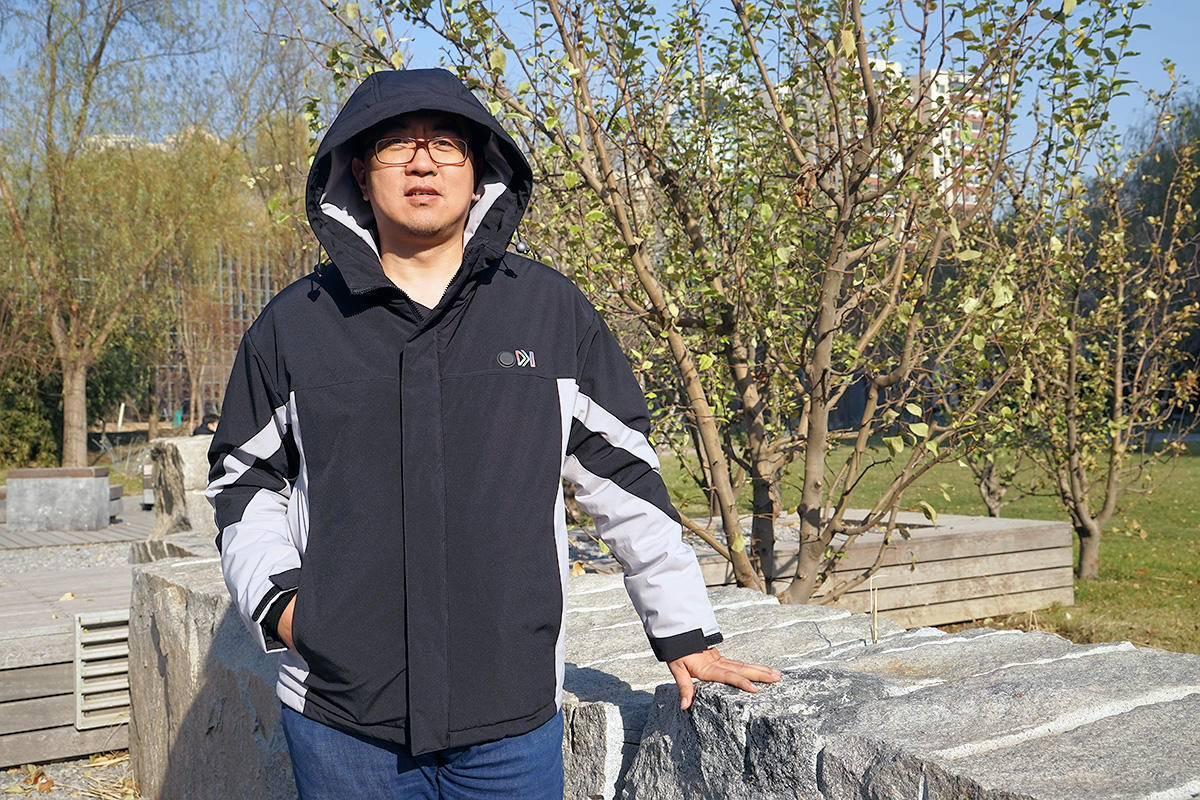 原创的时候让身体保暖,风拼图FOOXMET智能温控电热夹克