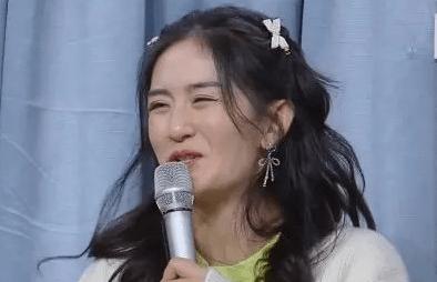 湖南卫视跨年晚会十大槽点:谢娜缺席,何炅爱哭,主持人都被质疑