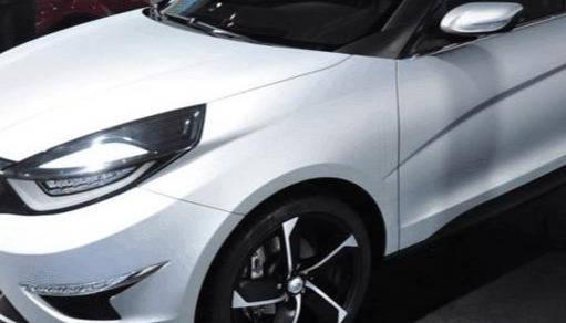 本来买捷达之类的,李霞的新车比思域好看,耗油5L