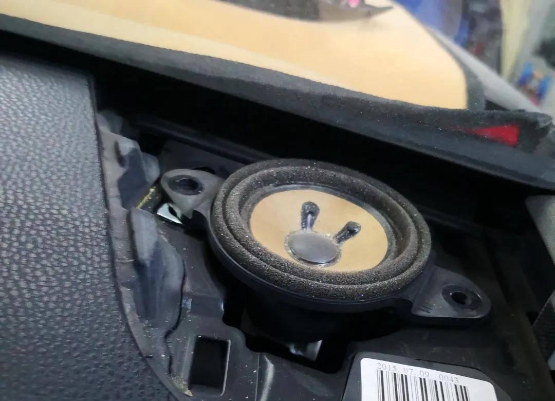 纯正的音色给你良好的驾驶心情,汉兰达升级Shifenni S62音响无损伤