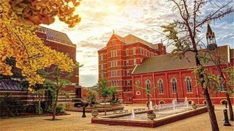 美国最美大学校园公布!看看有你的母校吗?
