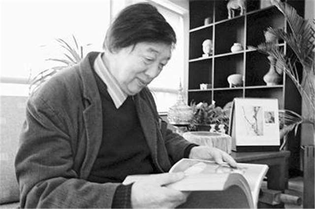冯骥才:一群才气纵横的艺术家,却被庸俗的价值观打败、毁灭了_罗潜