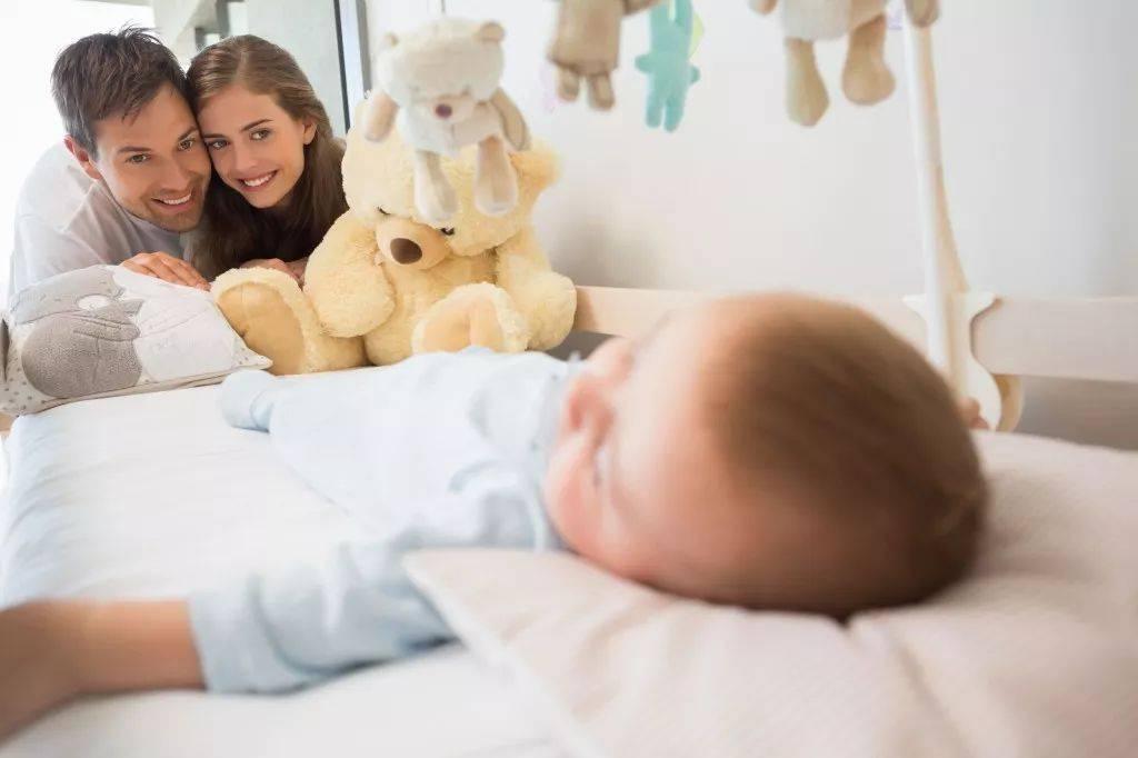 宝宝一睡觉习惯,容易造成发育慢、个头矮、免疫力差  第3张