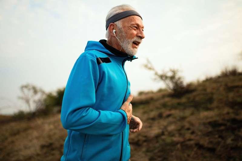 美国心脏病学专家:跑步时剧烈胸痛,是心脏病发作吗?