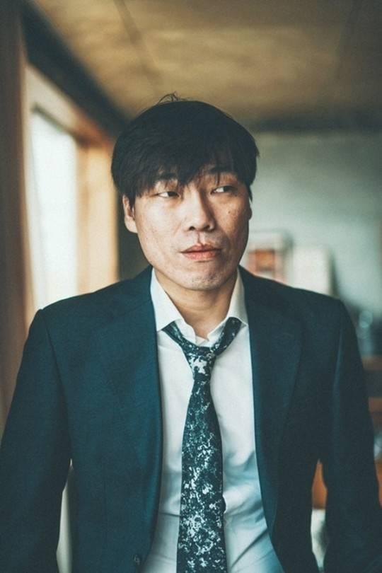 韩南星裴振雄涉嫌强奸未遂,称已聘请律师认真思考对策