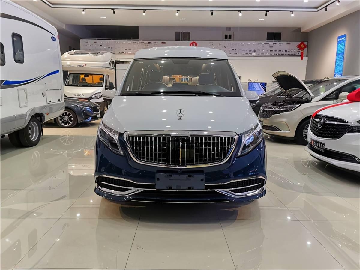 2020奔驰魏军蓝白双斗VS680高顶版7座商用车,现正在上海展览馆发售