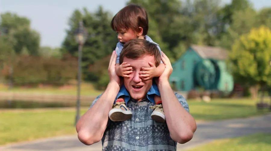 """为什么你总跟孩子有代沟?不是话不被理解,而是你学不会""""同频"""""""