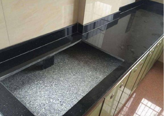 橱柜台面不要铺大理石了,越来越多人都装这种,清洁方便又实用!