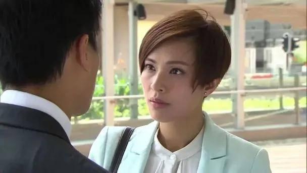港姐朱慧敏:两遇渣男,梁荣忠钟丽淇因她分手,39岁终觅得良缘  第9张