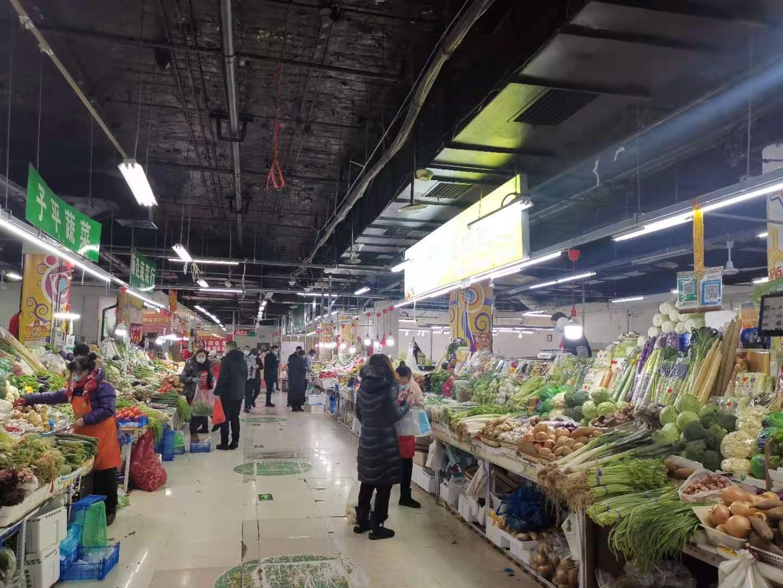 哈埠市场商品供应充足,蔬菜价格略有上涨
