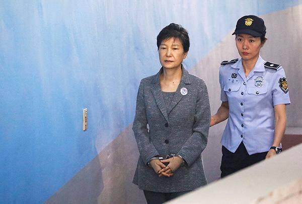 22年,尘埃落定,朴槿惠案终于结案,朴槿惠能获得特赦吗?