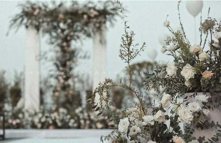 创意充满自然与生活气息,简约而治愈,一场森林极简婚礼