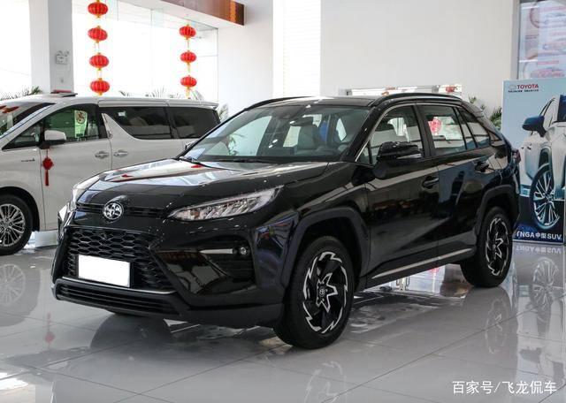 """原厂SUV的新""""标杆""""长4.7米,宽1.85米,油耗4.6L,三套四轮驱动选项"""