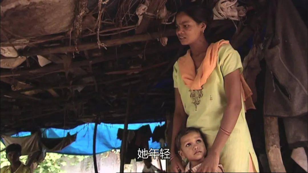 8000美元换一个孩子:出租子宫的女人们,和她们背后的「婴儿工厂」
