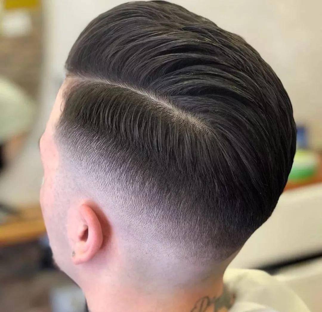 2020最潮的发型男短发 !图片